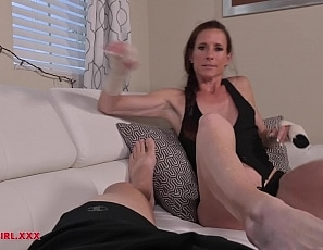 SofieMarieXXX/YSM Broken Hands Foot Job